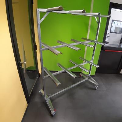 carrito-para-bolsos-showroom