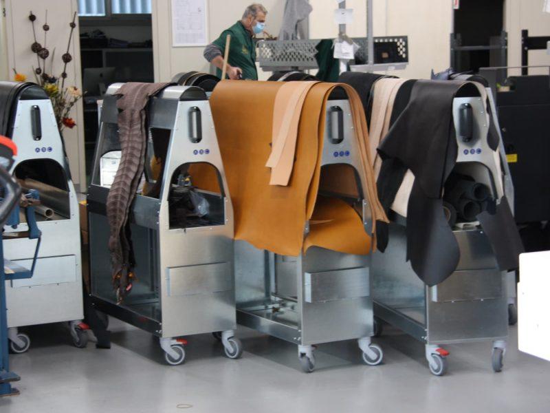 leather-horse-cart-intermediate-shelf