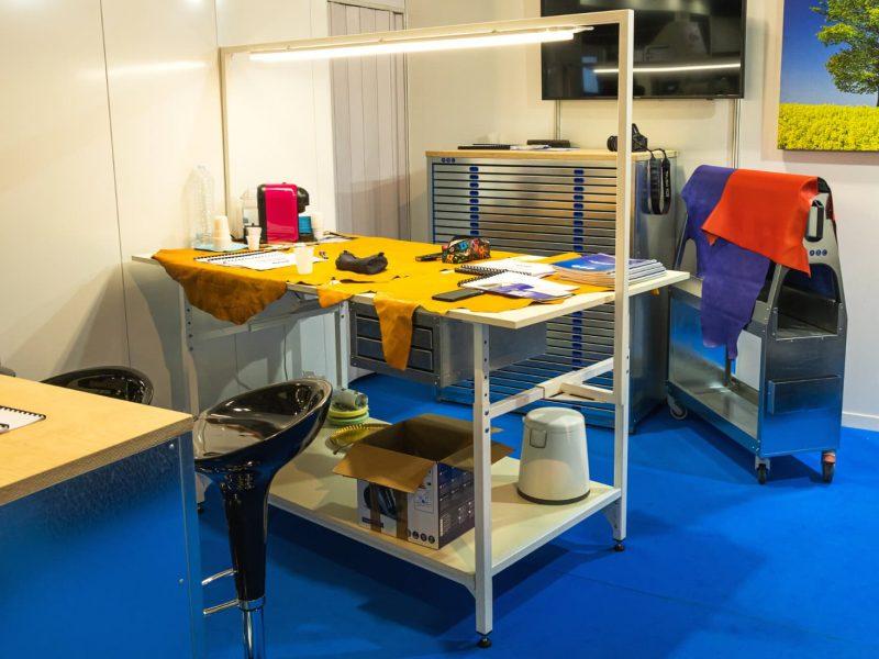work-table-simac-fair