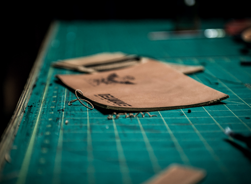 leather-wallet-manufacturing